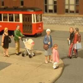 Bachmann Scene Scapes HO Scale Figures Strolling People