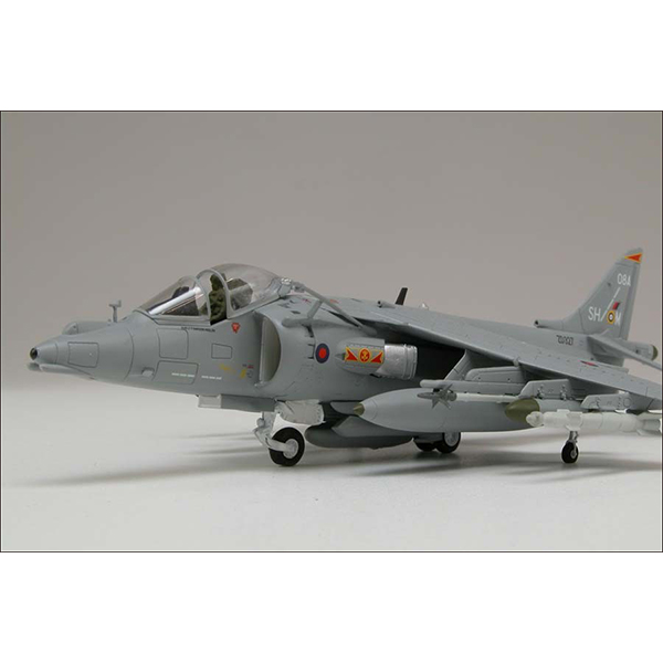 AIRFIX HARRIER MODEL SET2