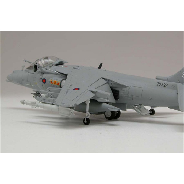 AIRFIX HARRIER MODEL SET3