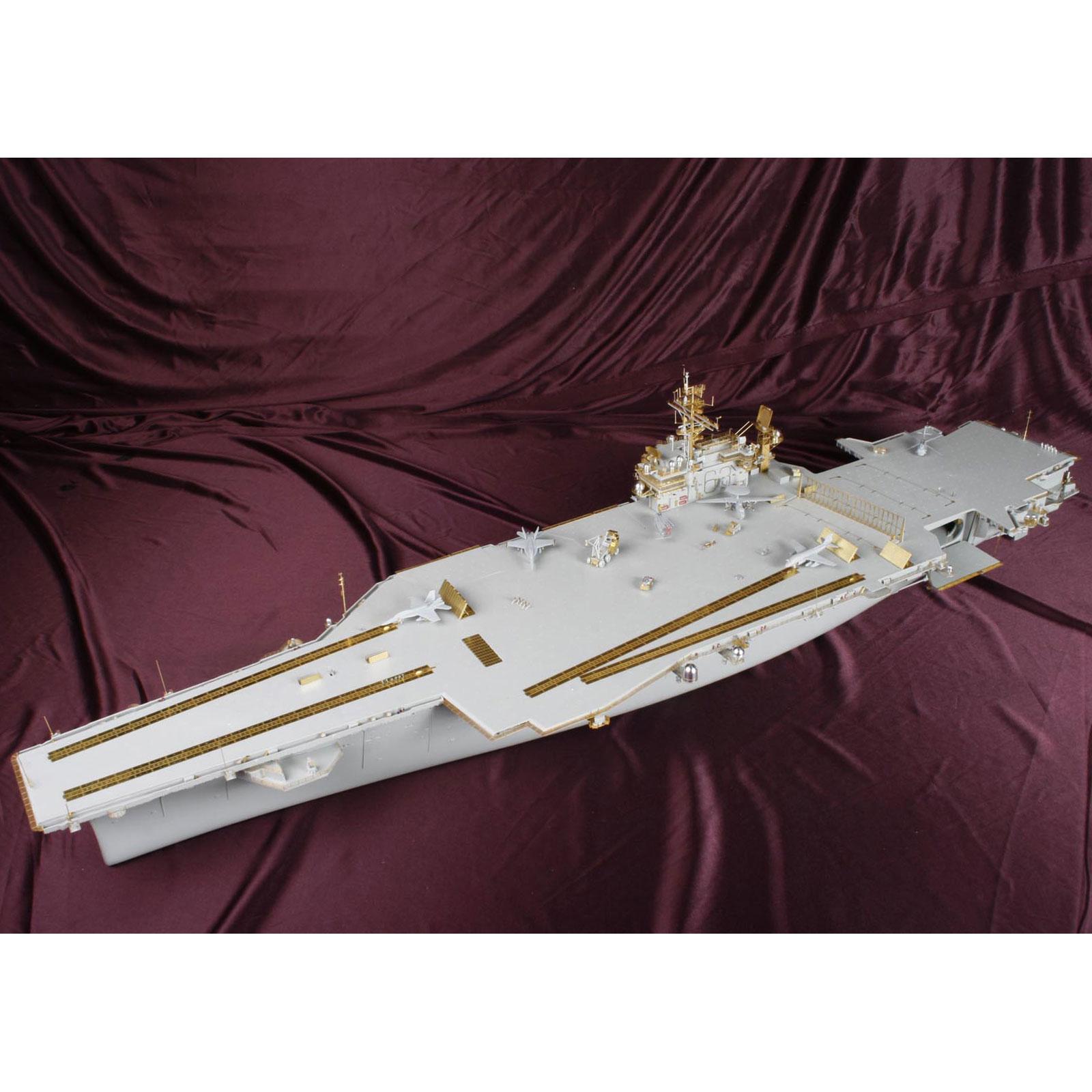 - Edu P-etch 1:350 USS Kitty Hawk Pt.4 Aircraft EDP53173 Tru