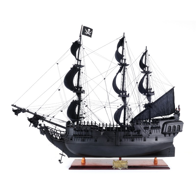 Black Pearl Pirate Ship 4