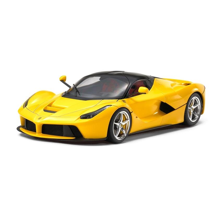Laferrari: Tamiya LaFerrari Supercar Plastic Model Kit, 1/24 Scale