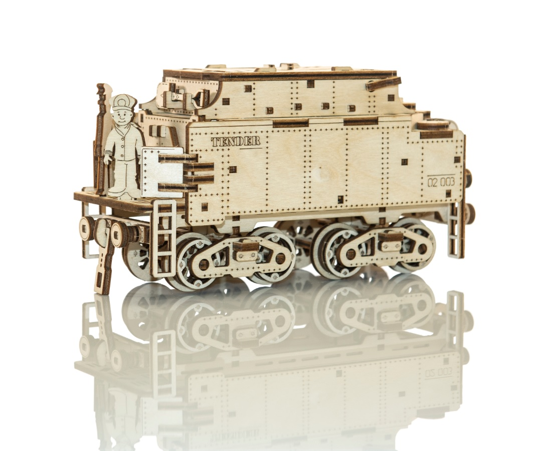 Kinetic Locomotive by Wooden.City®